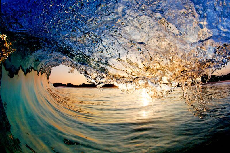 Waves of Hawaii