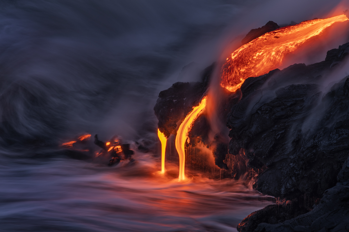 Silly smooth hot lava flow into the ocean.